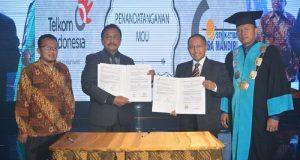 Penandatangan MoU STMIK Nusa Mandiri dengan PT Telkom Indonesia di Bekasi,