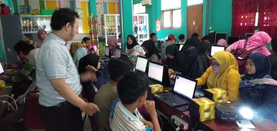 Pelatihan MS-Excel dalam Pembelajaran Fungsi Matematika Dengan Konsep Terapan Umum