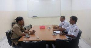 Suasana diskusi Pra-MoU STMIK Nusa Mandiri dengan Kelurahan Ragunan di Jakarta